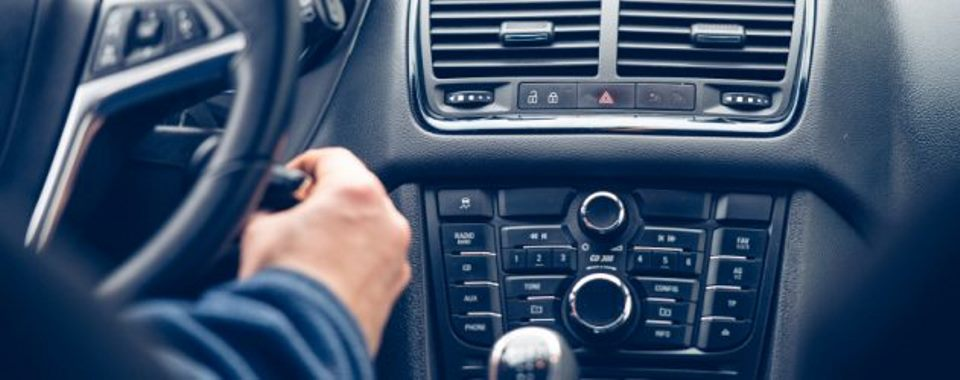 tips-for-keeping-your-rental-car-safe-on-road